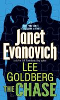 Cover image for The chase : a novel / Janet Evanovich and Lee Goldberg.