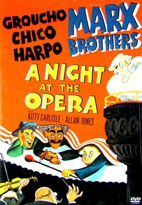 Cover image for A night at the opera