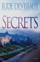 Cover image for Secrets [large print]