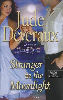 Cover image for Stranger in the moonlight. bk. 2 Moonlight trilogy