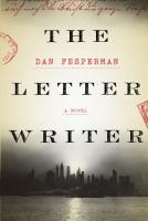 Cover image for The letter writer [large print]