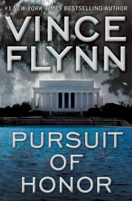Cover image for Pursuit of honor. bk. 10 : Mitch Rapp series