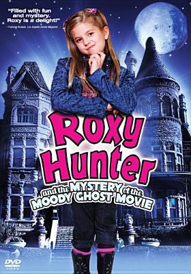Imagen de portada para Roxy Hunter and the mystery of the moody ghost