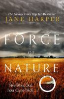 Cover image for Force of nature [large print]