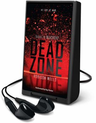 Imagen de portada para Dead zone. bk. 2 [Playaway] : Blackout series