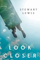 Cover image for Look closer