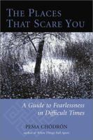 Imagen de portada para The places that scare you [Playaway] : a guide to fearlessness in difficult times